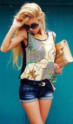 Tendencias: Pantalón corto... 💙💜 Street Stylers e Influencers nos inspiran a como llevarlo... y nosotras tomamos nota... 👌 #ootd #outfitoftheday #lookoftheday #fashion #style #love #summer #beautiful #lookbook #outfit #look #clothes #fashionista #fashionable #glamour #streetstyle #streetwear #trendy #streetfashion #blogger #fashionblogger #inspiration #photooftheday #trend #fashionblog #fashiondiaries #fashionstile #fashionlover #verano #moda