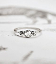 16 Subtle Engagement Rings for Girls Who Don't Love Bling leonardofilms.ca