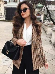 Brown Ankle Boats Outfit Fall Casual Sweaters 23 Ideas For 2019 Casual Winter Outfits, Classy Outfits, Spring Outfits, Preppy Fall Outfits, Stylish Outfits, Blazer Outfits For Women, Outfits Damen, Look Blazer, Plaid Blazer