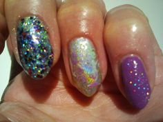 Polishes: Moyra Africa coll. Pitaya 353, wet &wild silver with on top dance legend prismatic top. Glitter: 2B 81 red blue. Stamped with: mint & mojito lime colour alike and the Moyra pitaya, plate UC 6-02. Topcoat sally hanson insta-dri.