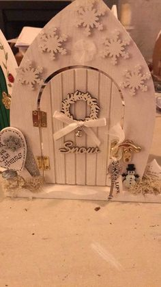 Made by Artee Phartee Gnome Door, Elf Door, Fairy Crafts, Xmas Crafts, Christmas Fairy, All Things Christmas, Craft Stalls, Fairy Garden Houses, Fairy Doors