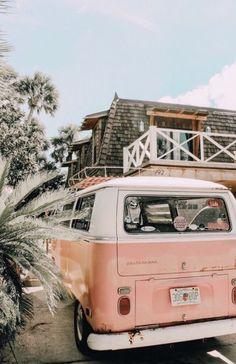 Volkswagen Bus Bulli Kombi -… - Cars and Motorcycles Beach Aesthetic, Summer Aesthetic, Aesthetic Photo, Aesthetic Pictures, Pink Aesthetic, Bedroom Wall Collage, Photo Wall Collage, Picture Wall, Collage Walls