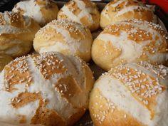 Painici Laugenbrot - CAIETUL CU RETETE Hamburger, Food And Drink, Bread, Brot, Baking, Burgers, Breads, Buns