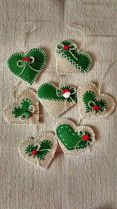 Christmas 2019 25 Beautiful DIY Tree Ornaments to Give You Inspirat ., Christmas 2019 25 Beautiful DIY Tree Ornaments to Give You Inspiration. Felt Christmas Decorations, Christmas Ornaments To Make, Christmas Sewing, Felt Ornaments, Christmas Angels, Handmade Christmas, Christmas Holidays, Christmas 2019, Burlap Ornaments