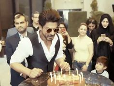 Post this celebration in India, Shah Rukh Khan celebrated his birthday in Dubai by cutting the cake with nationals there.