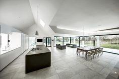 Gallery of The Pilot's House / AR Design Studio - 1