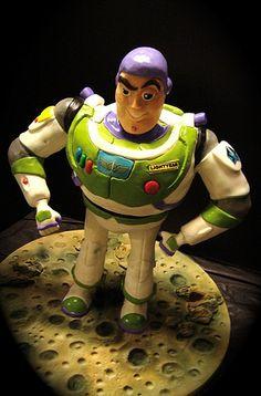 buzz lightyear cake 2 by debbiedoescakes, Gorgeous Cakes, Amazing Cakes, Movie Cakes, Toy Story Cakes, Character Cakes, Toy Story Party, Disney Cakes, Take The Cake, Buzz Lightyear
