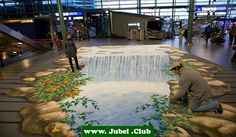 3D Straßenkunst: Wasserfall im Flughafen