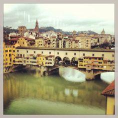 Ponte Vecchio, a Roman style bridge crossing the Arno river in Florence #travel #italy #florence #bridge #river #water #roman #tuscany