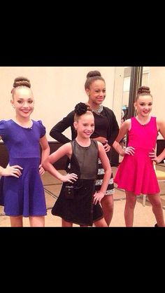 I wish Chloe was still with them...Dance Moms is LIFE!!!!! Nia, Maddie, Kenzie, & Kendall!!!!! ☺️