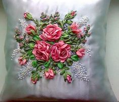 Wonderful Ribbon Embroidery Flowers by Hand Ideas. Enchanting Ribbon Embroidery Flowers by Hand Ideas. Ribon Embroidery, Ribbon Embroidery Tutorial, Crewel Embroidery Kits, Learn Embroidery, Hand Embroidery Patterns, Ribbon Art, Ribbon Crafts, Band Kunst, Fabric Roses