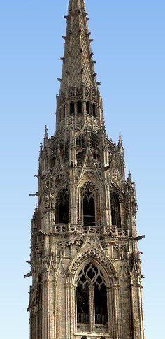 Cathédrale de Chartres : le clocher neuf. Eure et Loir