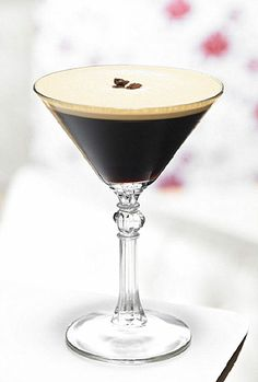^Espresso Martini^. Ingredients 2 oz vodka 3/4 oz kahlua sugar syrup 1 oz espresso Preparation Add the ingredients in a shaker with ice cubes. Shake well and strain into a chilled martini glass. Serve and enjoy.