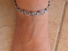 bracelet de cheville micro macramé : Bracelet par les-creations-du-sud