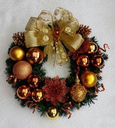 Purple Christmas Decorations, Elegant Christmas Trees, Christmas Door Wreaths, Christmas Arrangements, Christmas Tree Themes, Holiday Wreaths, Christmas Crafts, Christmas Ornaments, 242