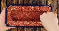 pastel de carne juega en una liga completamente diferente, y esto solo llena - Kochen & Backen - Meatloaf Recipes, Meat Recipes, Chicken Recipes, Cooking Recipes, Tasty Videos, Food Videos, Easy Healthy Breakfast, Food Porn, Good Food