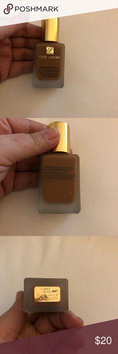 Estée Lauder Double Wear Foundation New Without Box, Color Truffle, Price is Firm Estee Lauder Makeup Foundation