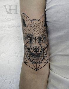 #dotwork #fox #geometric #stipple #tattoo