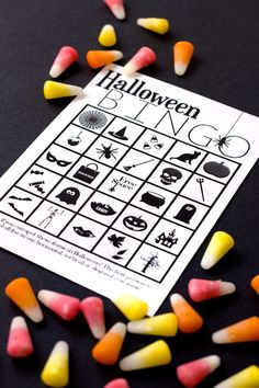 Play bingo at your party with this DIY Halloween printable project.