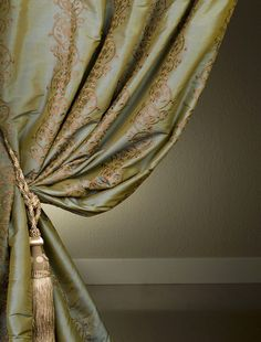 Classic Borrache Silk Curtains & Drapes at affordable Prices Victorian Window Treatments, Peacock Blue Bedroom, Home Interior Design, Interior Decorating, Silk Curtains, Luxury Curtains, Drapery Fabric, Ivy House, Window Dressings