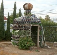 Another really cool bottle house