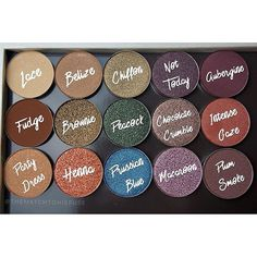 Single, fine-milled powder eye shadows in individual pans. Use these Eye Shadow Singles to create your own custom four- or eight-pan refillable palette. Makeup Goals, Makeup Kit, Love Makeup, Beauty Makeup, Hair Makeup, Makeup Stuff, Makeup Products, Beauty Products, New Shadow
