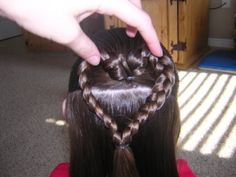 Adorable heart hair style by Widmerpool