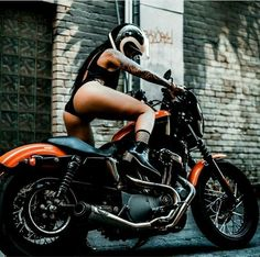 20 Bad Ass Harley Davidsons For The Bad Ass Gentleman Lady Biker, Biker Girl, Chicks On Bikes, Motorbike Girl, Motorcycle Gear, Scooter Girl, Bike Style, Hot Bikes, Biker Chick