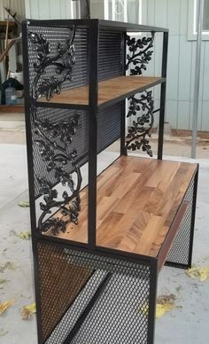 welding project / mom's new computer desk