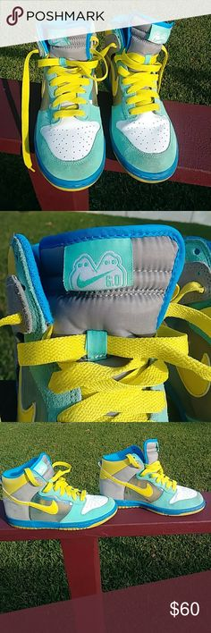 finest selection e9f3a ddf0b 2008 Women s Nike Dunk Hi Hi Tops Sneakers are lightly used and in  excellent condition with a couple scuffs. Colors of green, blue, yellow and  white. Size 9 ...
