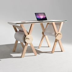"""""""The Analog Memory Desk lets you record all those thoughts you need to remember in the moment but can forget later. By Kirsten Camara. See more on the blog…"""""""