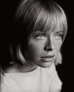 Susannah York, in London, York had graduated from London's Royal Academy of Dramatic Art in along with Tom Courtenay, Albert Finney, Peter O'Toole and Joe Orton. Morley had introduced her to Finney and she appeared with him in Tom Jones in Best Portraits, Creative Portraits, Monochrome Photography, Artistic Photography, Couple Photography Poses, Portrait Photography, Tom Courtenay, Susannah York, Peter O'toole