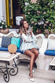 Young Women S Dresses Australia Classy Outfits, Cool Outfits, Fashion Outfits, Viva Luxury, Dresses Australia, Little White Dresses, Fashion Today, Girl Poses, High Fashion