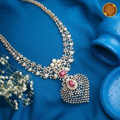 Jewelry Design Earrings, Gold Jewellery Design, Necklace Designs, Diamond Bangle, Diamond Jewelry, Gold Jewelry, Jewelery, Diamond Girl, Trendy Jewelry