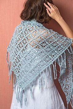 Driehoekige gehaakte sjaal | Veritas BE Filet Crochet, Poncho Au Crochet, Crochet Shawls And Wraps, Tunisian Crochet, Crochet Scarves, Crochet Clothes, Crochet Stitches, Knit Crochet, Modern Crochet Patterns