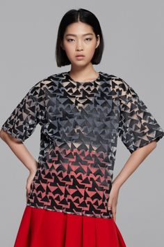 Organza top in geometrical - FrontRowShop