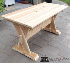 If you are comfortable with a mitre saw and a drill you can easily whip out this DIY cedar patio table, DIY patio table, DIY outdoor furniture, patio coffee table Diy Patio, Patio Table, Patio Chairs, Diy Table, High Chairs, Woodworking Furniture, Woodworking Projects Plans, Diy Woodworking, Wood Furniture