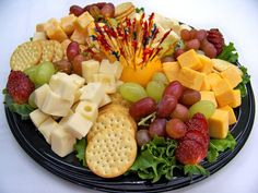 cheese fruit and pepperoni platter Cheese And Cracker Tray, Meat And Cheese Tray, Cheese Fruit, Appetizer Recipes, Appetizers, Veggie Tray, Food Platters, Food Presentation, Clean Eating Snacks