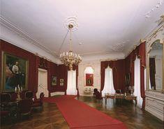 gödöllői kastély baroque room - Căutare Google Baroque, Room, Sissi, Castles, Palace, Home Decor, Google, Bedroom, Decoration Home
