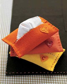Martha Stewart: Hankie Holder -- Scroll to the top for Favorite Kids' Crafts Kids Crafts, Winter Crafts For Kids, Bible Crafts, Fall Sewing Projects, Craft Projects, Craft Ideas, Sewing Ideas, School Projects, Simple Projects
