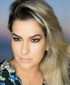 """Alice Salazar em um especial de  """"Se Arrume Comigo"""" especial no Rio de Janeiro."""
