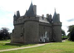Château de Kérouzéré à Sibiril - Finistére,Bretagne France