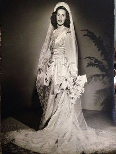 A beautiful bridal photograph from 1947