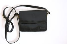 Hey, I found this really awesome Etsy listing at https://www.etsy.com/listing/193551286/vintage-80s-90s-small-black-leather-bag