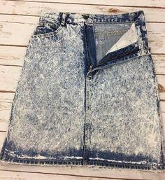 Vintage Dusted Denim Made in the Shade Acid Wash Blue Denim Skirt, size 5