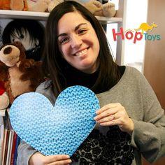 @pascale_hiboocha Rebeca service marketing Espagne chez @hoptoys_fr pour #humanheartninoo #happyblueday2015 #associationninoo #participativeproject #autism #solidarité #blueheart #loveisthemessage #hoptoysteam