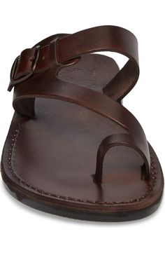 Mens Leather Necklace, Mens Leather Pants, Casual Leather Shoes, Leather Sandals For Men, Leather Boots, Toe Loop Sandals, Men Sandals, Gladiator Sandals, Mens Beach Shoes