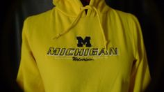 University of Michigan Wolverines Hoodie Pullover Womens Medium Yellow #ProEdge #MichiganWolverines