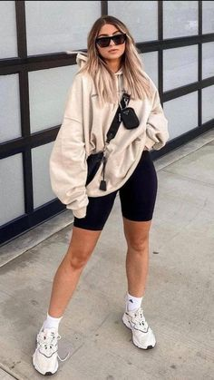 Cute Comfy Outfits, Simple Outfits, Fall Outfits, Comfy Legging Outfits, Casual Trendy Outfits, Cool Girl Outfits, Cute Outfits With Leggings, Basic Outfits, Comfortable Outfits