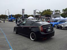 Toyota Prius Toyota Cars, Toyota Prius, Cool Pictures, Cool Photos, Car In The World, Toyota Land Cruiser, Cars And Motorcycles, Car Stuff, City